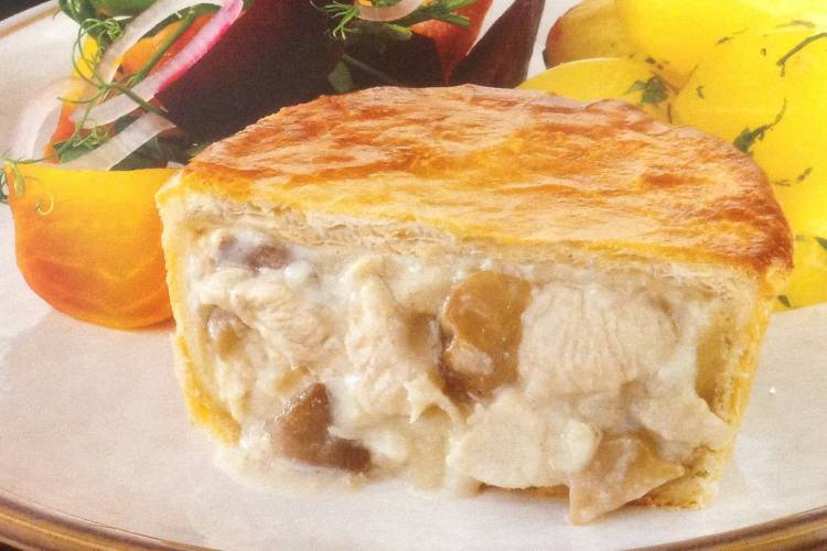 Chicken breast pieces and mushroom in a creamy sauce encased in a light golden puff pastry.